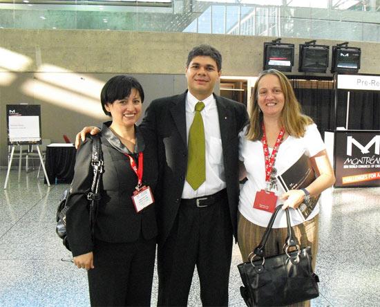 Profa Marleny Aranda da Universidade of Alberta (Canada) e Profa Regina Santos Universidade of Birmingham (Inglaterra) no Congresso Mundial de Engenharia Química em Montreal